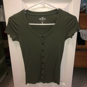 HOLLISTER olive green tee
